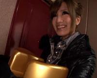 【柴咲エリカ】スケベ椅子を持参して素人男性の自宅へソープサービスするAV女優