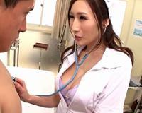 【JULIA】白衣からはみ出る巨乳で患者の股間を刺激させパイズリ射精させるエロナース