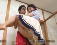 巨乳人妻と体育会系大学生が混浴温泉ミッションに挑戦