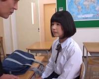 学校の授業料を立て替えてもらう代わりに教師達にカラダを捧げる女子校生