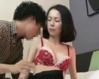 ムラムラの限界を極めた熟女がレンタル彼氏とご無沙汰SEXに酔いしれてオーガズム♥