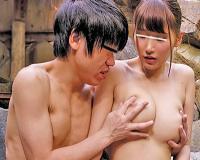 【近親相姦】久しぶりに一緒に温泉に入ったお姉さんの巨乳の誘惑