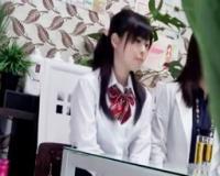 激カワ美少女JK女子高生が初めてのエステ体験で優しそうな男性エステティシャンにセクハラされてセックスに発展しちゃった!