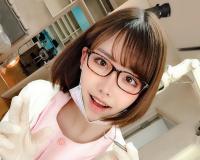 [歯科ナース]美しいメガネのナースさんがご乱心!「気持ちイイの?ふふ♡」身体を密着させ勃起を誘い強引にオチンポ施術へw