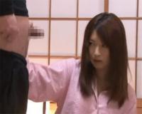 寝ている所を弟に襲われ断り切れず手コキする妊娠した姉 藤咲葵