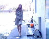 【神乳美女の逆ナンパ】「おマンコに挿れさせてあげるぅ♡」スレンダー巨乳おっぱいの金髪ハーフギャルお姉さんのカーセックス!