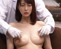 人妻ナンパ企画「こ、これで乳輪キレイになるのね♡」乳首マッサージに胸イキ 乳首イキ。爆乳 人妻熟女を落として不倫