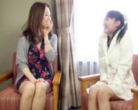 【親子丼】美人ママとその娘をナンパして、番組のロケと騙して旅館に泊まってもらって、夜這いをしてパコっちゃう!