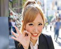 ナンパした激カワな童顔&金髪の制服JK女子校生が痴女ギャルだったので、パイパンマ○コに中出しSEX!