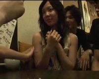 【個人撮影】新歓コンパを開催した居酒屋の個室で1人で参加した激カワJD新入生を集団レイプしてるヤリサーの動画映像が流出!