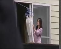 寿退社した超絶美人な巨乳人妻の自宅を訪ねて、押し倒してパコっちゃう鬼畜な元上司!