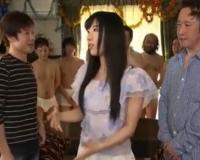 エロ動画更新!人気AV女優がファン感謝祭で素人くんに囲まれながら連続中出し「巨乳、お姉さん、中出し、乱交、由愛可奈好きにオススメ!」