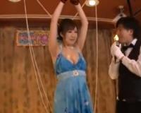 エロ動画更新!「え?これ見えちゃう…」美巨乳素人JDが罰ゲームで巨根男優にハメ倒されるw「巨乳、素人、ナンパ好きにオススメ!」