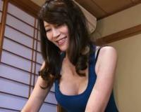 沢木りりか【40代】知人の奥さんの旦那と浮気でエッチを謳歌する主婦
