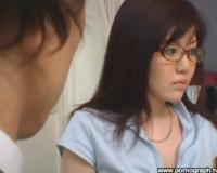 【南つかさ】生徒を誘惑したことがばれてしまった女教師!別の教師から注意を受けるも「セクハラですよ!」と反撃に出る