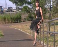 【野外露出】女装子お姉さんが新調したスリットの大きなシースルーのドレスを着てお天気の良い公園をお散歩!