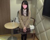 【無】【個人撮影】半年前まで処女だった清楚S級美少女19歳JD架純ちゃんに自前の制服着せて中出し!
