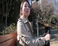 [高木千里]清楚系の美人人妻を高級ホテルに呼び出して中出ししまくるハメ撮り!