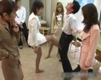 ビンタ、金蹴り、体罰女教師 生徒指導!