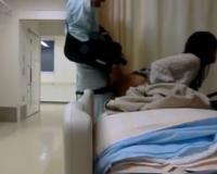 《個人撮影》欲求不満の看護婦口説いて病院でガチSEX本番に成功した流出映像