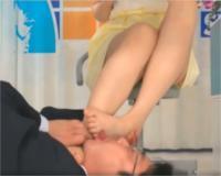足舐めベロベロ♡女子アナの足を舐めまわす!脚大好き変態性癖男です。 (*´Д`)ハァハァ