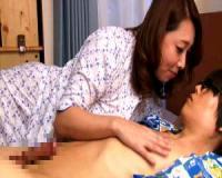 【風間ゆみ】風間ゆみ 巨乳母親の濃厚手コキ&フェラにパイズリで実際に息子と中出しセックスする究極の性教育!?【pornhub】